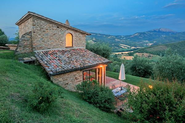 Little has changed at this 600 year old villa, and that is a good thing. HII LAS - Image 1 - Tuscany - rentals