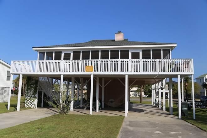 """2306 Palmetto Blvd - """"Shell Castle"""" - Image 1 - Edisto Beach - rentals"""