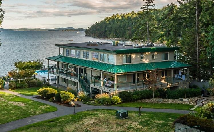 Last Minute Deals ! Oceanfront Living in New Condo - Image 1 - Nanaimo - rentals