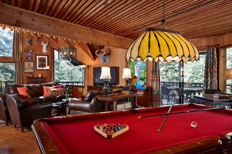 Pool Table, Living Room and Fireplace - Lily Rock Lodge- ML Collection Designer home/Spa - Idyllwild - rentals