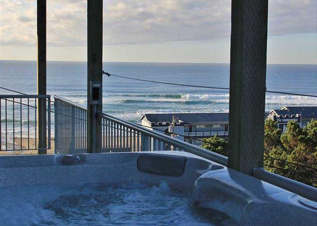 Enjoy Miles of Ocean Views from the Hot Tub - Image 1 - Lincoln City - rentals