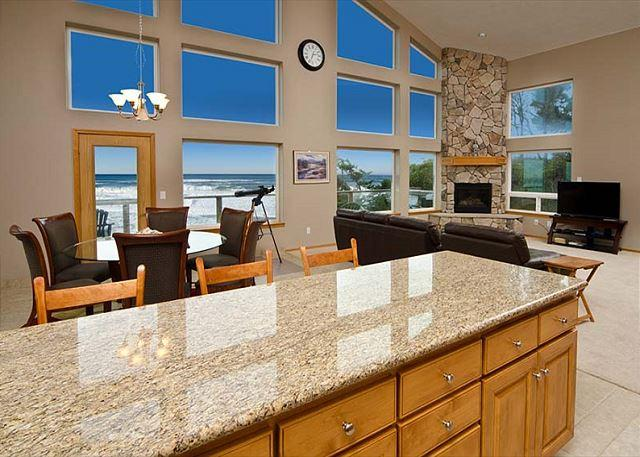 Amazing Luxury Oceanfront Home w/ hot tub, 1/2 block from Beach Access. - Image 1 - Lincoln City - rentals