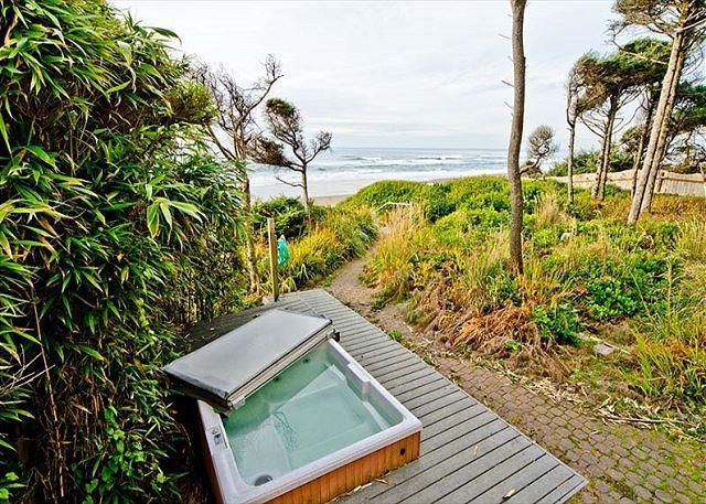 Stunning Oceanfront with Private Beach Access, Bonus Room, & Hot Tub - Image 1 - Gleneden Beach - rentals