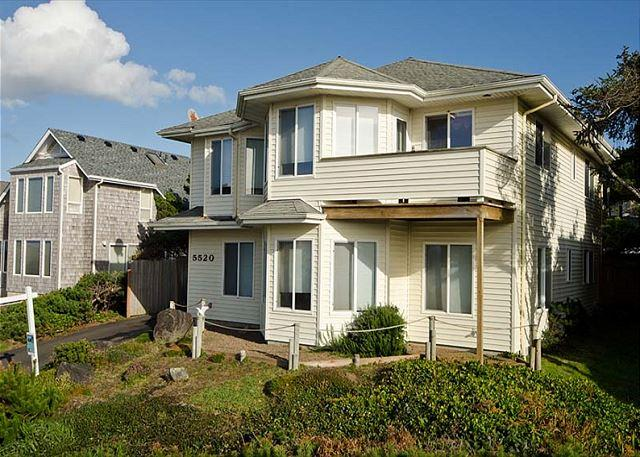 Oceanview Home in Roads End with Kid-Appeal! - Image 1 - Lincoln City - rentals