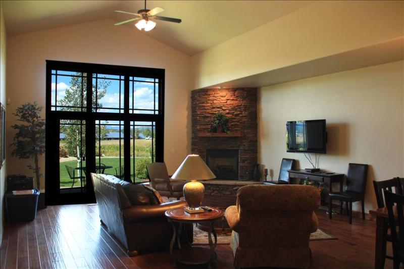 Pagosa Springs, CO Luxury Townhome T105 - Image 1 - Pagosa Springs - rentals
