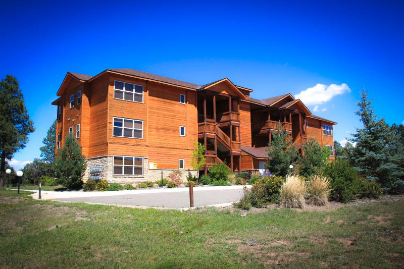 Pagosa Springs, CO Luxury Condo L104, L204, L304 - Image 1 - Pagosa Springs - rentals