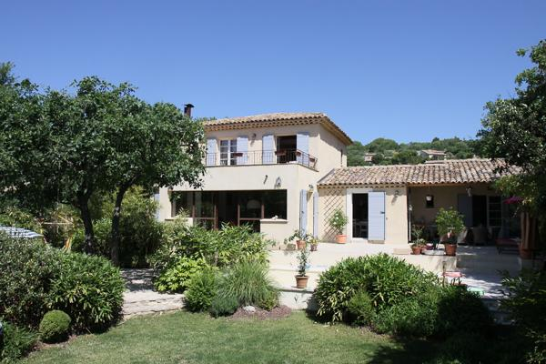 Stunning 3 Bedroom House with a Pool and Grill, Villa YNF BAM - Image 1 - Grasse - rentals