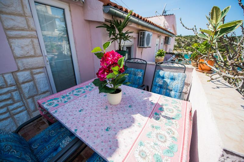 A3(4+1) Prestige: balcony - 4916  A3(4+1) Prestige - Grebastica - Grebastica - rentals