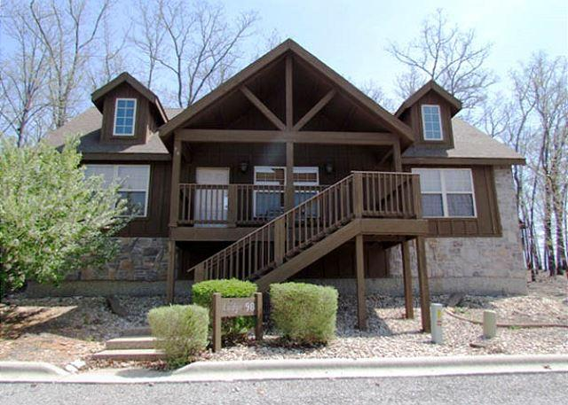 Tomahawk Lodge - Tomahawk Cabin - Rustic 2 Bedroom, 2 Bath Lodge at lovely Stonebridge Resort! - Branson West - rentals