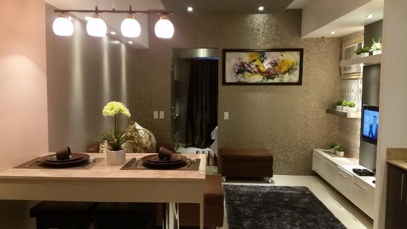 1 Bedroom Boutique Flat, Makati Business Center 40 - Image 1 - Makati - rentals