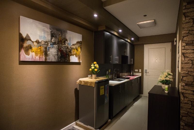 1 bedroom Boutique Flat, Makati Business Center 39 - Image 1 - Makati - rentals