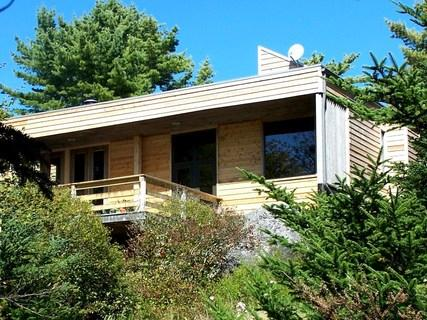 Set among the trees, with a semi-private beach, Frances Louis House has the best of both worlds. - Frances Louis House - Nova Scotia - rentals