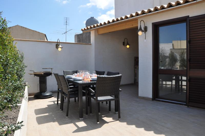 First floor's terrace - Home Galilei Located in the city center, wi-fi. - Avola - rentals