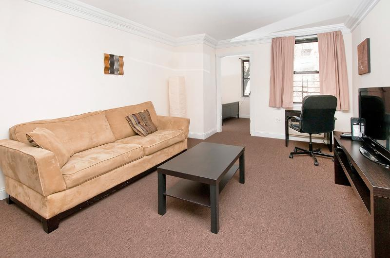 Great 2 Bedroom apartment close to Times Square - Image 1 - New York City - rentals