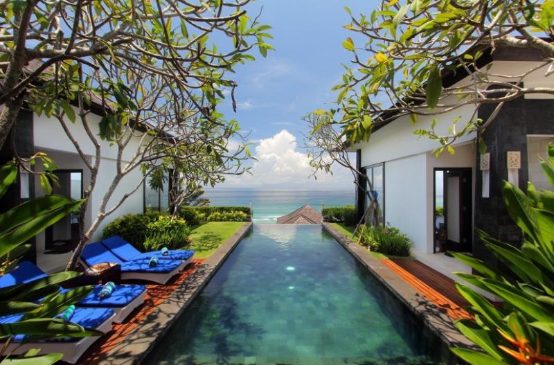 OWOW, 4 Bedroom Ocean View Villa Nusa Dua - Image 1 - Nusa Dua - rentals