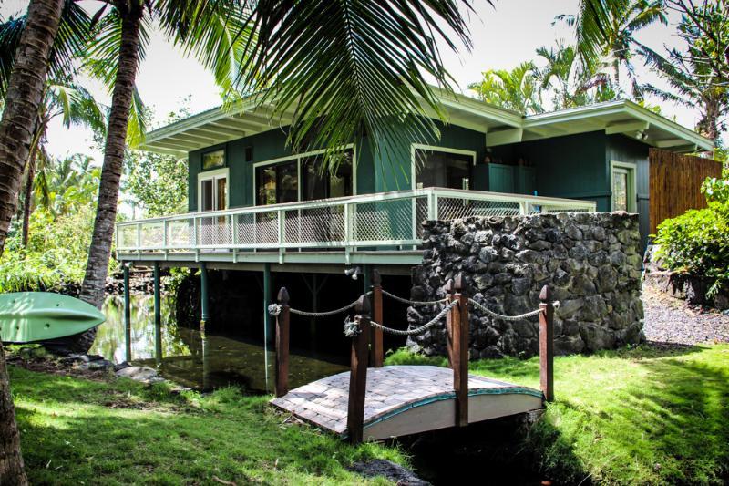 Kapoho Tiki Cottage - Image 1 - Pahoa - rentals