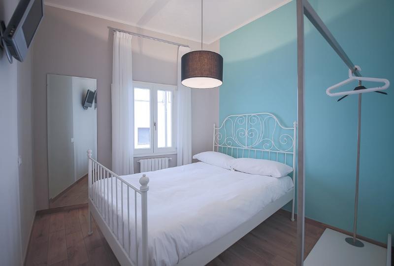 Quaint Tuscan Studio Apartment in Florence - Image 1 - Florence - rentals