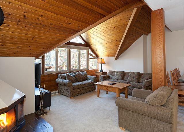 Main Open Concept Living Area with Fireplace - Fitzsimmons A | Sizable 3 Bedroom + Loft Condo in Heart of Whistler Village - Whistler - rentals