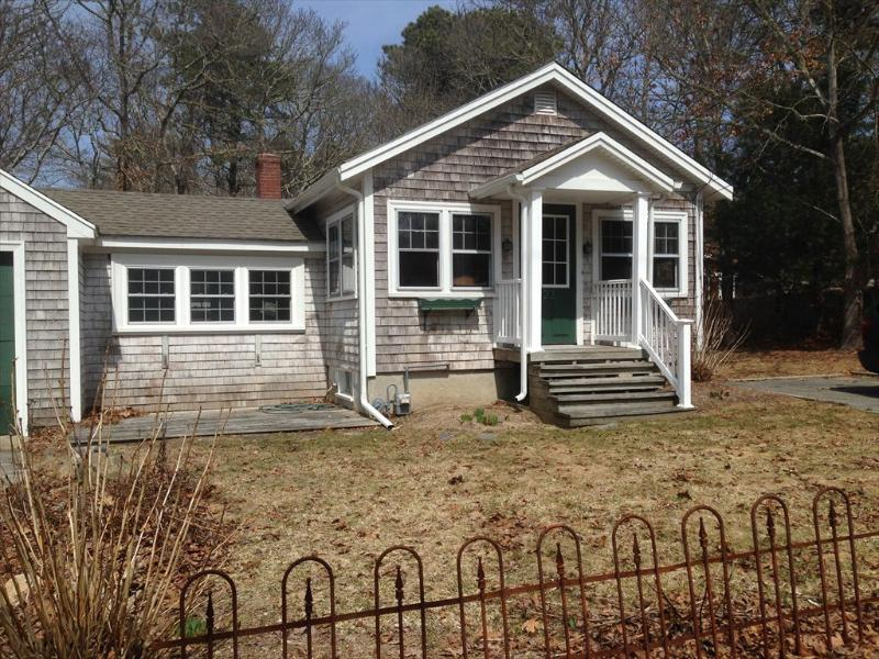 Exterior - 2 BEDROOM COTTAGE in NEW SILVER walk to beach 125845 - North Falmouth - rentals