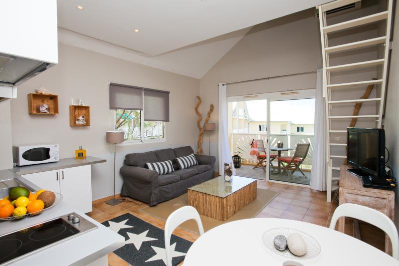 Living room - APRIL SALES  - 30% - TOPAZI - Romantic Gateway - Orient Bay - rentals