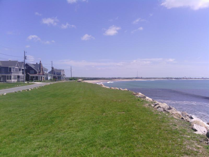 OCEANFRONT ESCAPE-4 Bd, 2 Ba, Sleeps 9 - Image 1 - South Kingstown - rentals