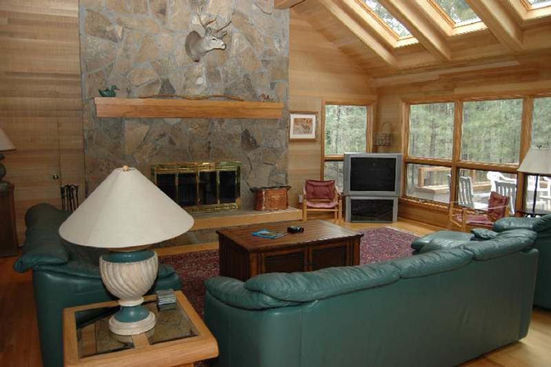 East Meadow 027 - Image 1 - Black Butte Ranch - rentals