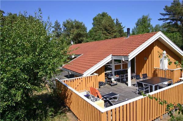 Boutique Hotel in Åkirkeby - 77517 - Image 1 - Akirkeby - rentals