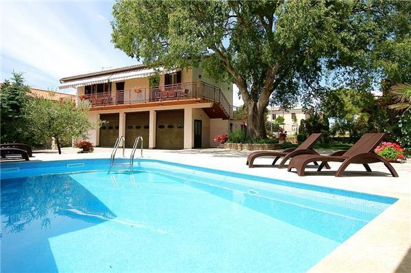 Boutique Hotel in Krnica - 83799 - Image 1 - Cepic - rentals