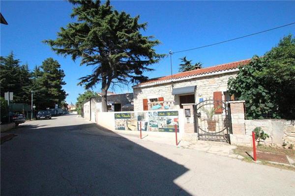 Boutique Hotel in Novigrad - 80297 - Image 1 - Novigrad - rentals