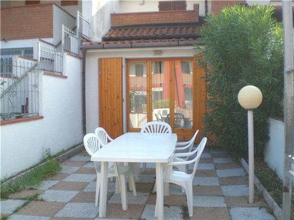 Boutique Hotel in Lido di Volano - 82003 - Image 1 - Lido delle Nazioni - rentals