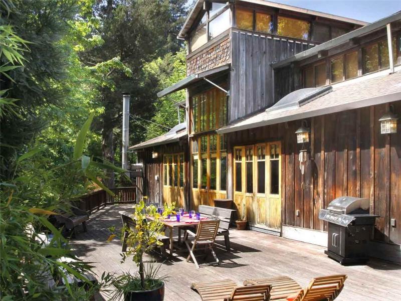 ARTISAN HOUSE - Image 1 - Monte Rio - rentals