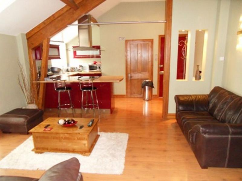 MISS POTTERS LOFT, Bowness on Windermere - Image 1 - Bowness-on-Windermere - rentals