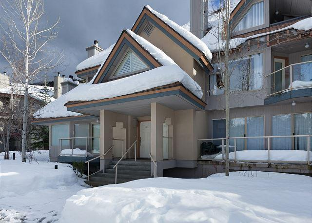 Exterior View of Glen Eagles in Winter - Glen Eagles 14 | Free Village Shuttle, Vaulted Ceiling, Fireplace, BBQ, Golf - Whistler - rentals