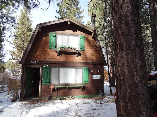 Silver Gardens with Large Hot Tub - Image 1 - City of Big Bear Lake - rentals