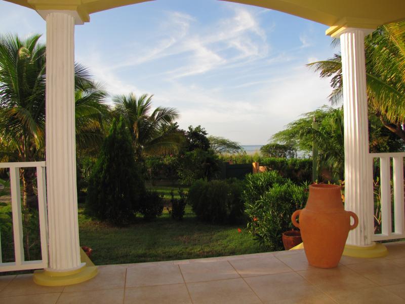 Sea Breeze Villa - Image 1 - Treasure Beach - rentals