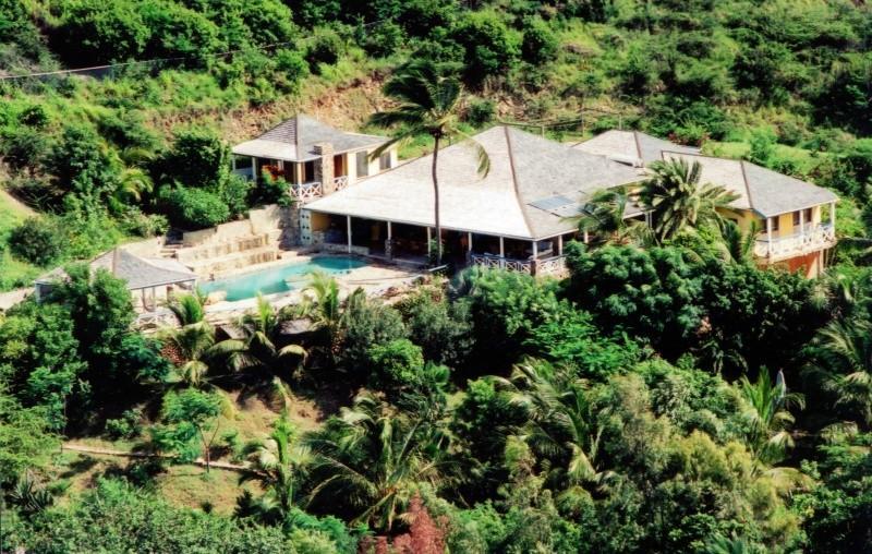 Carib House - Image 1 - Barcelos - rentals