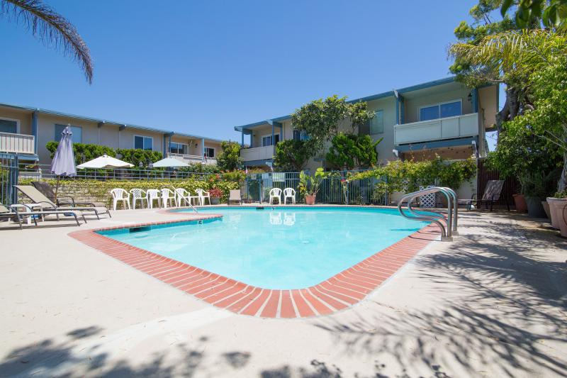 2 Bdr - Right at the Beach! Beautiful - Image 1 - Carpinteria - rentals