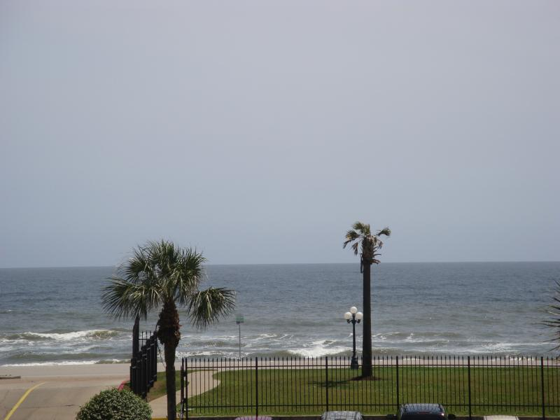"Ocean/ Pool View - Views of the Gulf & Waterfall Pool. ""Shell Beach"" - Galveston - rentals"