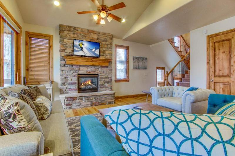 Luxury waterfront home close to Deer Valley & Jordanelle Reservoir! - Image 1 - Heber City - rentals