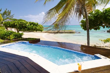 Four Winds- sheltered cove on private beach, freshwater pool & full staff - Image 1 - Ocho Rios - rentals