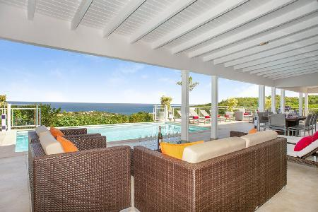 Au Coeur du Rocher has breathtaking sea views, heated pool and housekeeping - Image 1 - Vitet - rentals