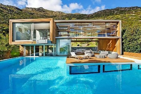 The Spa House - An Elegant & Ultramodern Retreat with Amazing Panoramic Views - Image 1 - Hout Bay - rentals