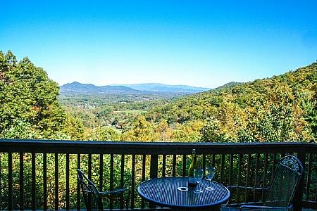 Relaxing On the Deck - Eagles View is a heavenly two bdrm two bath cabin with magnificent views - Candler - rentals