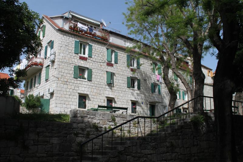 Stone building - Antique apartment - Split - rentals