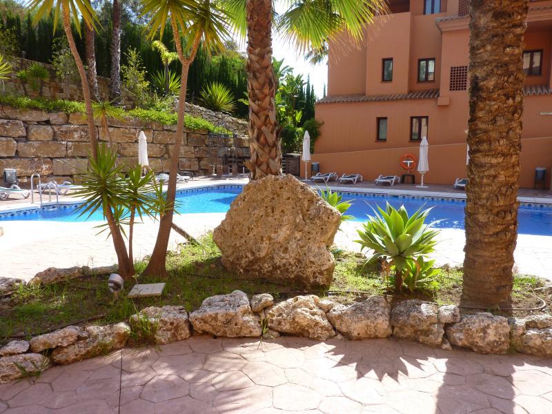 P1050631 - 2 bed G/F apt in El Paraiso - Benahavis - rentals
