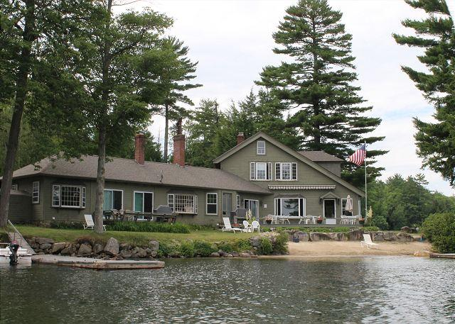 South Part of Main Lodge - South Wing at Oliver's Lodge on Lake Winnipesaukee (1SWING) - Meredith - rentals