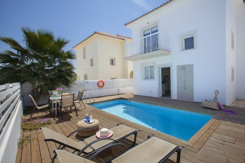 PD39 Daffodil - Image 1 - Famagusta - rentals