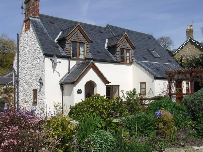 Brookside Cottage,  Shorwell, Isle of Wight - Brookside Cottage, Shorwell, Isle of Wight - Shorwell - rentals