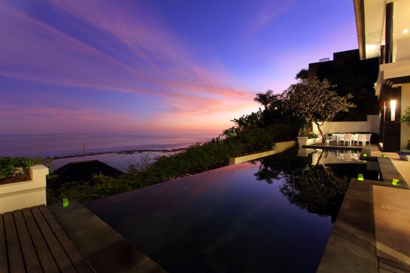 OLALA, 3 Bedroom Ocean Villa, View Nusa Dua - Image 1 - Seminyak - rentals