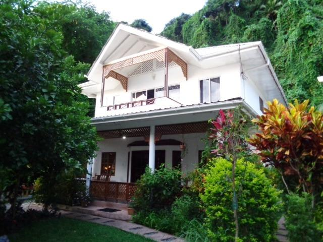 "The ideal ""Family Paradise"" - SunGlow Holiday Villa - Tropical / Sunset Views - Beau Vallon - rentals"